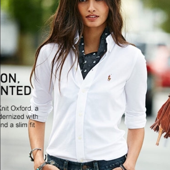 4636228d3bebf Women s Ralph Lauren polo button down stress shirt.  M 5ab5279ca44dbeae2eb4cdfe